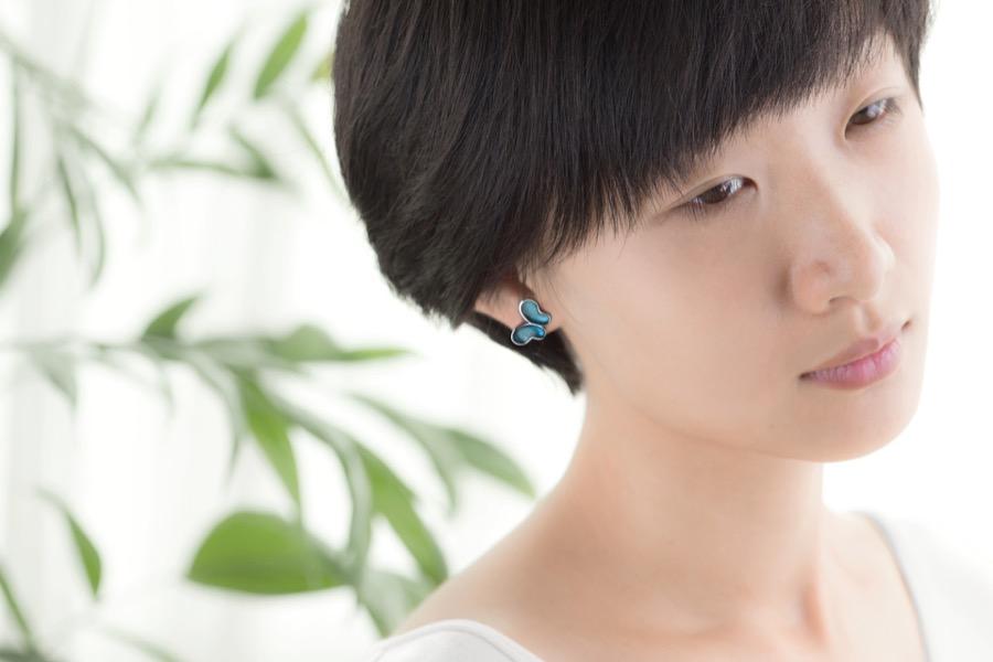 Alterfly earring-left pin