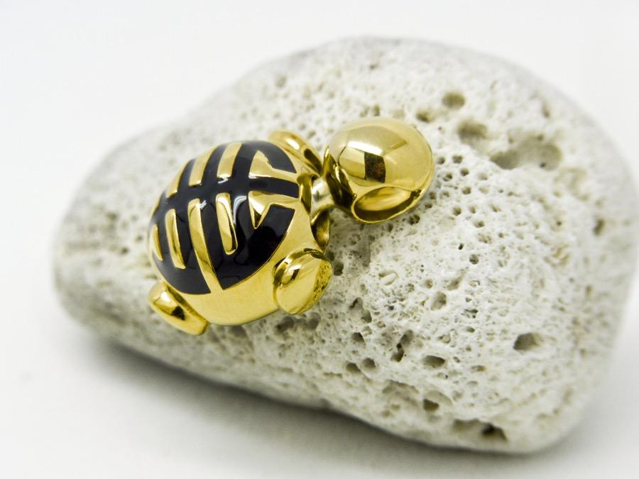 Comma Turtle stone 1