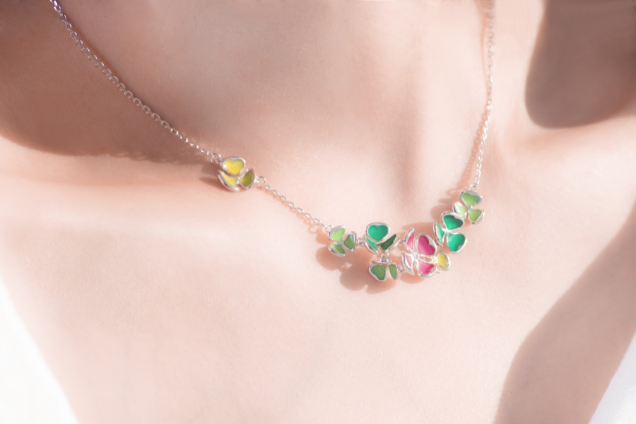clover necklace-华美款-佩戴-02