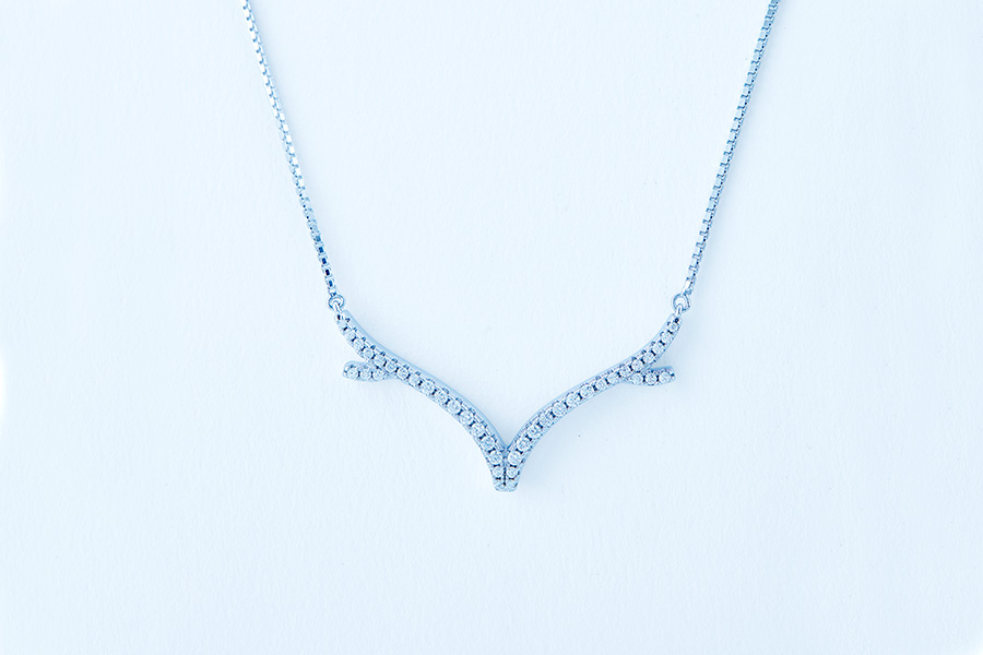 luna-cc-necklace