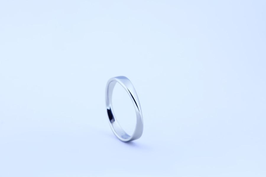 Mobius ring 217