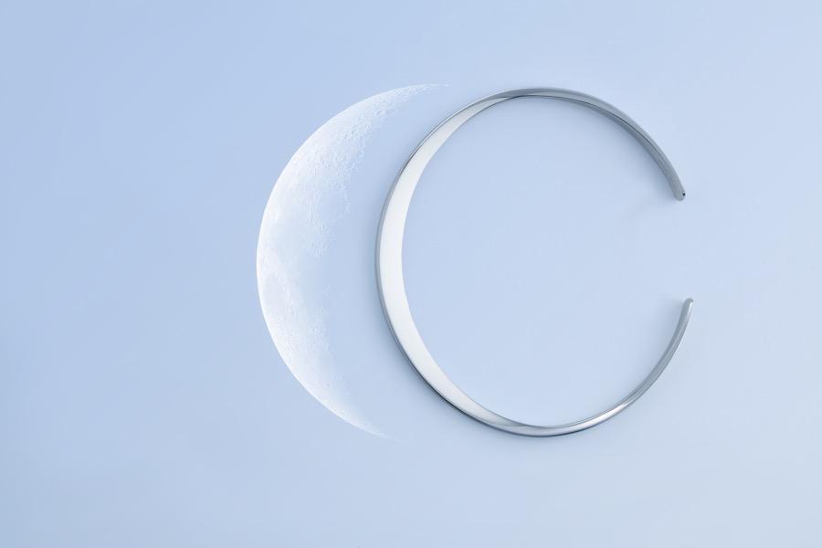 Moon Light bracelet r1
