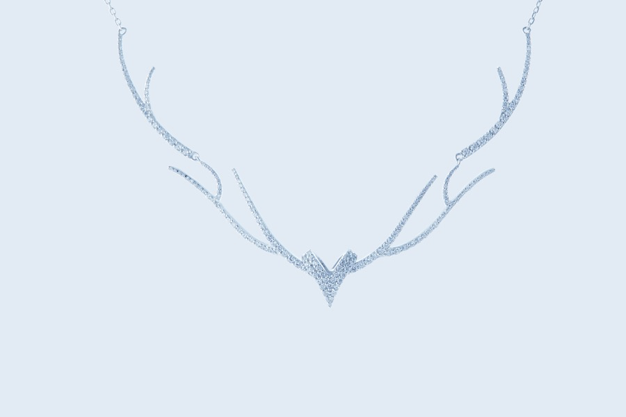 Deer Luna grace d necklace 1