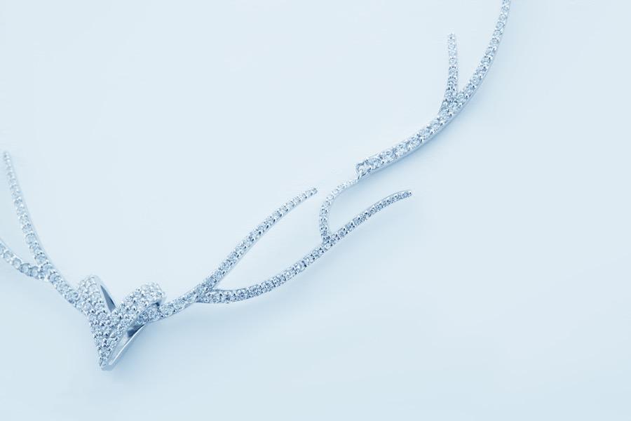 Deer Luna grace d necklace 4