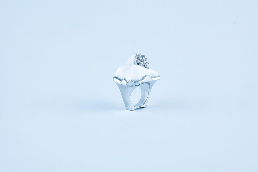 snow-mountain-ring-nylon-12