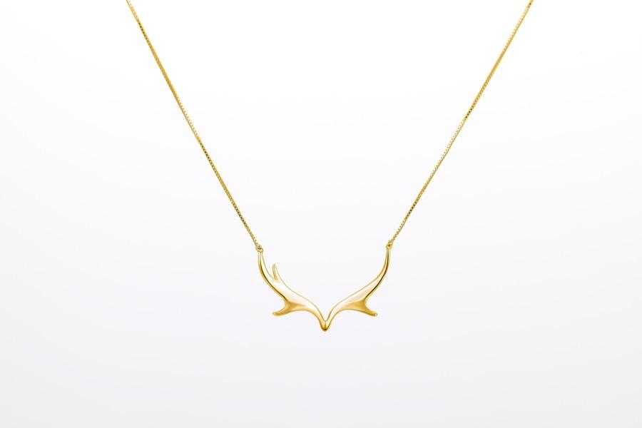 Deer Luna elk necklace 1