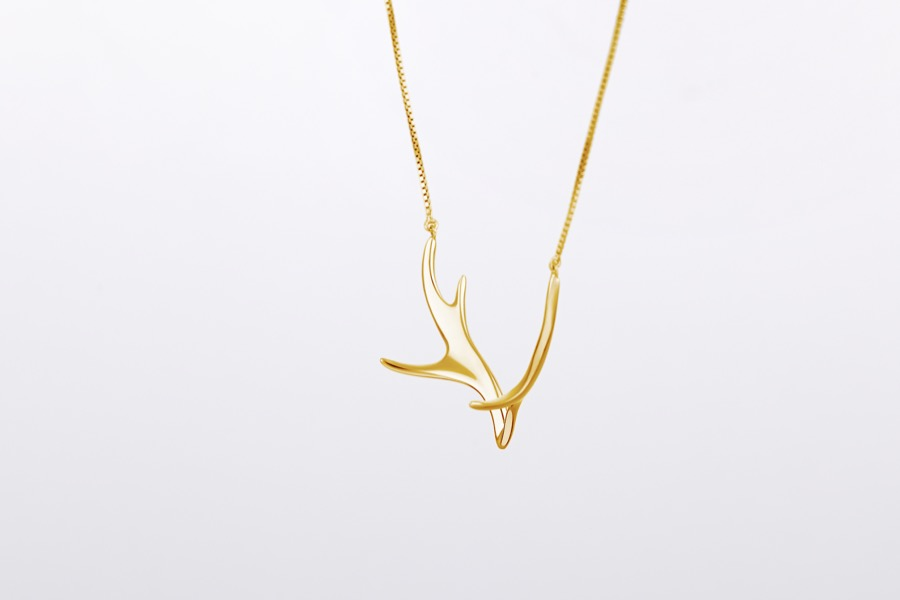 Deer Luna elk necklace 5