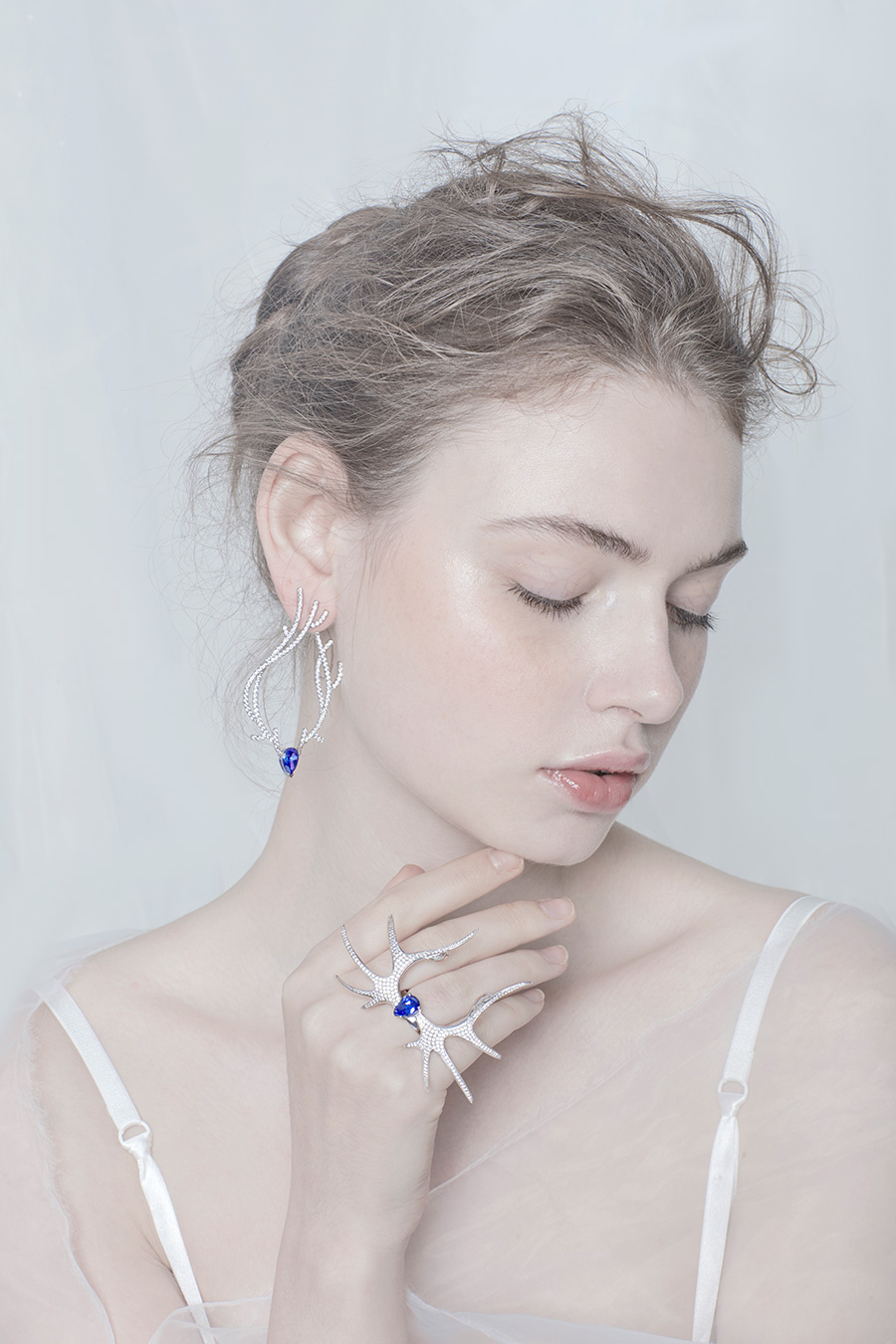 Deer-Luna-blue-earring+ring